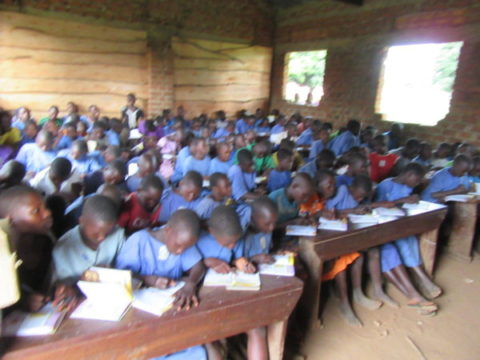 Feeding a SEA of hungry souls in Uganda